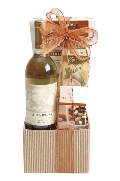 Wine Gift Basket Cloud Break Moscato